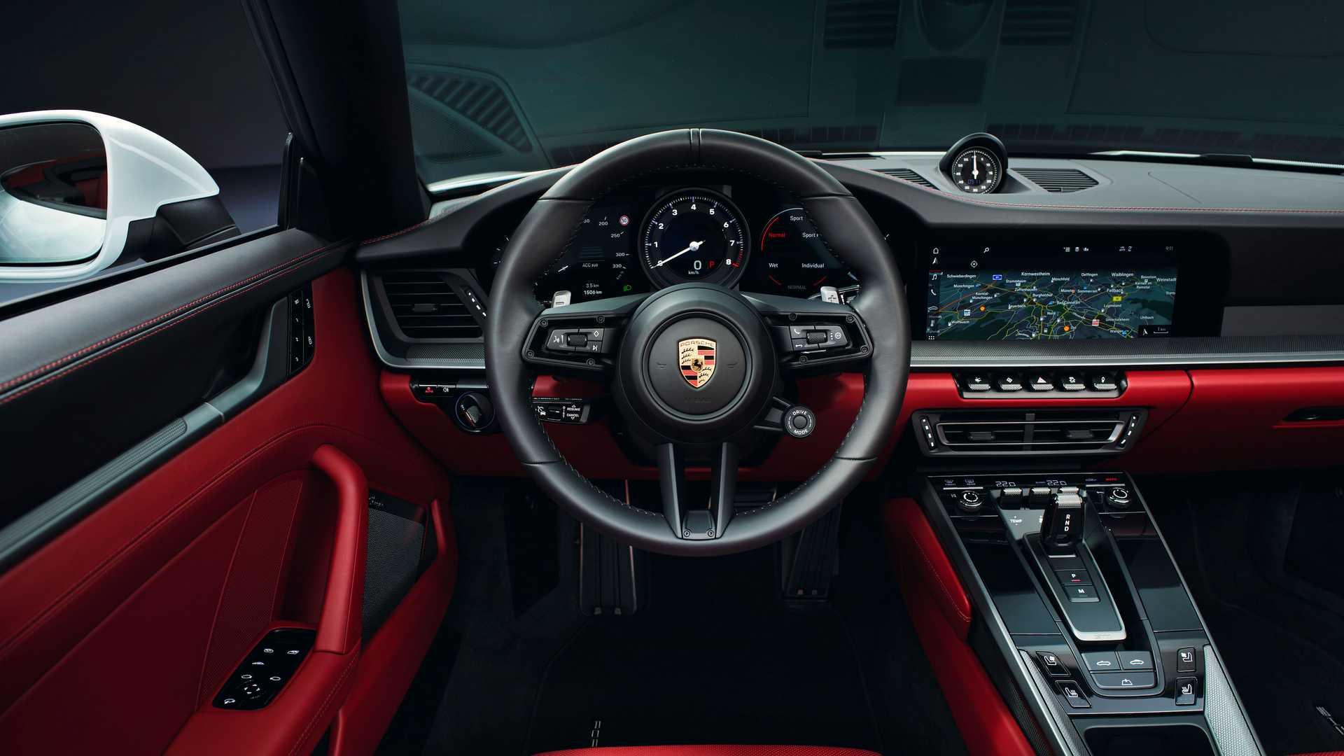 2020-porsche-911-carrera-1.jpg