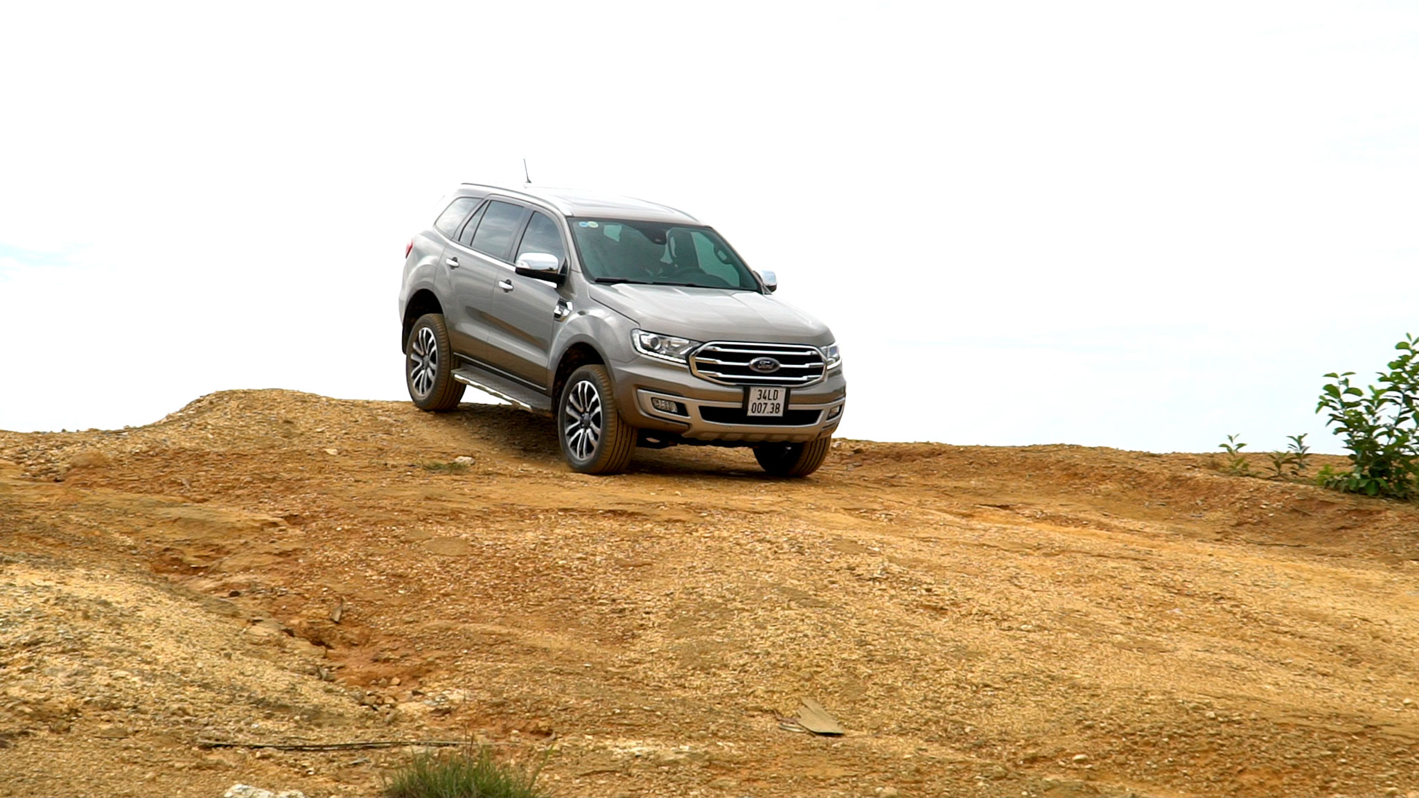 ford-everest-bi-turbo-autodaily-019.jpg