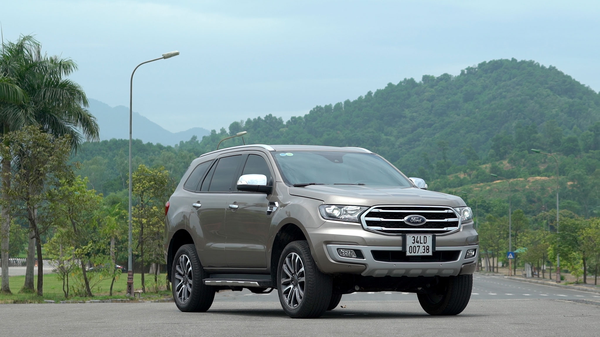 ford-everest-bi-turbo-autodaily-07.jpg