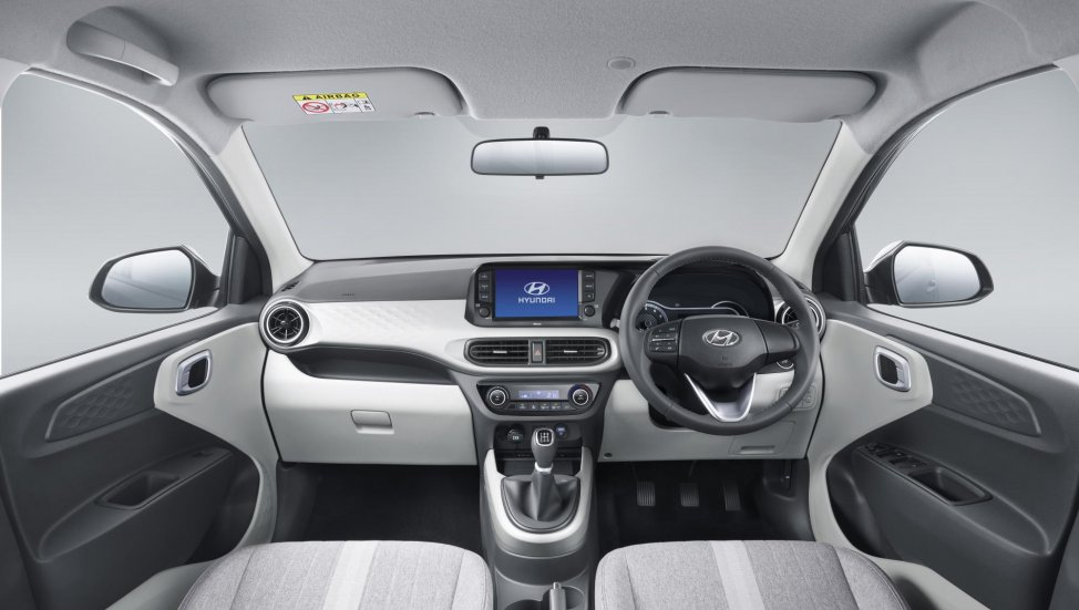 grand-i10-nios-interior-b9ed.jpg
