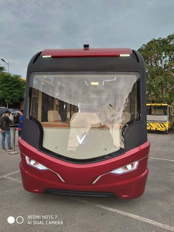 xe-bus-vinfast-1.jpg