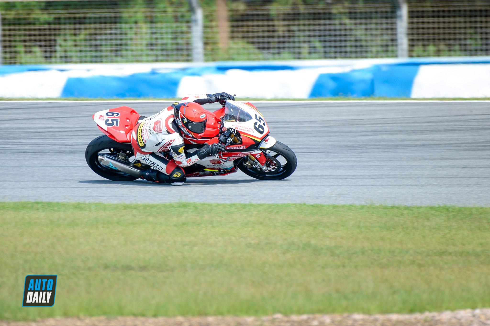 arrc-round5-race1-autodaily-07.jpg
