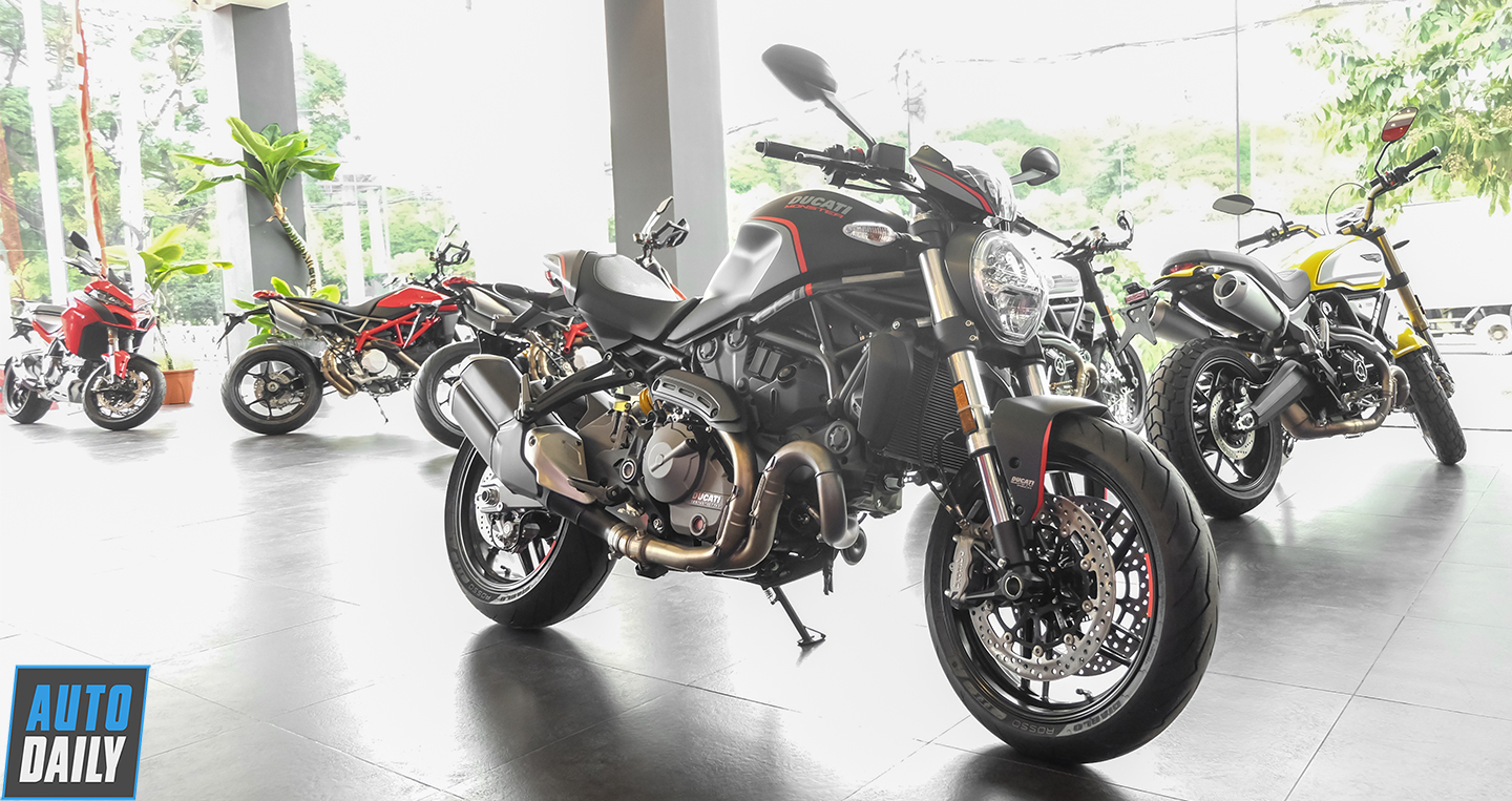 ducati-monster-821-stealth-8.jpg