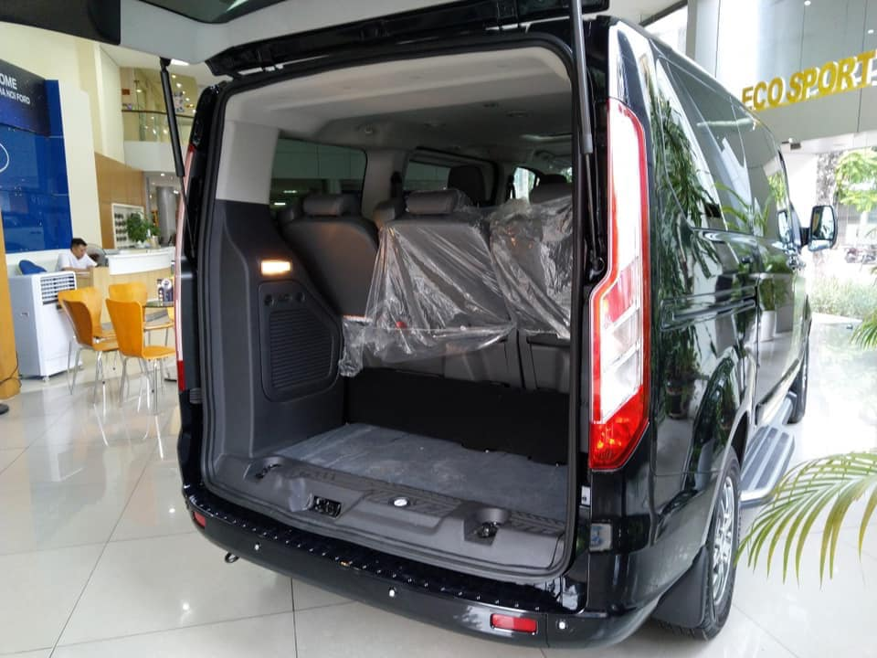 ford-tourneo-3.jpg