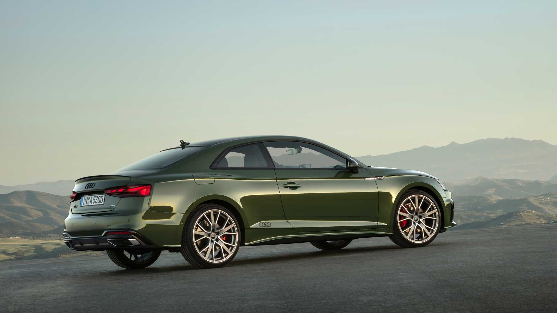 2020-audi-a5-coupe-2.jpg