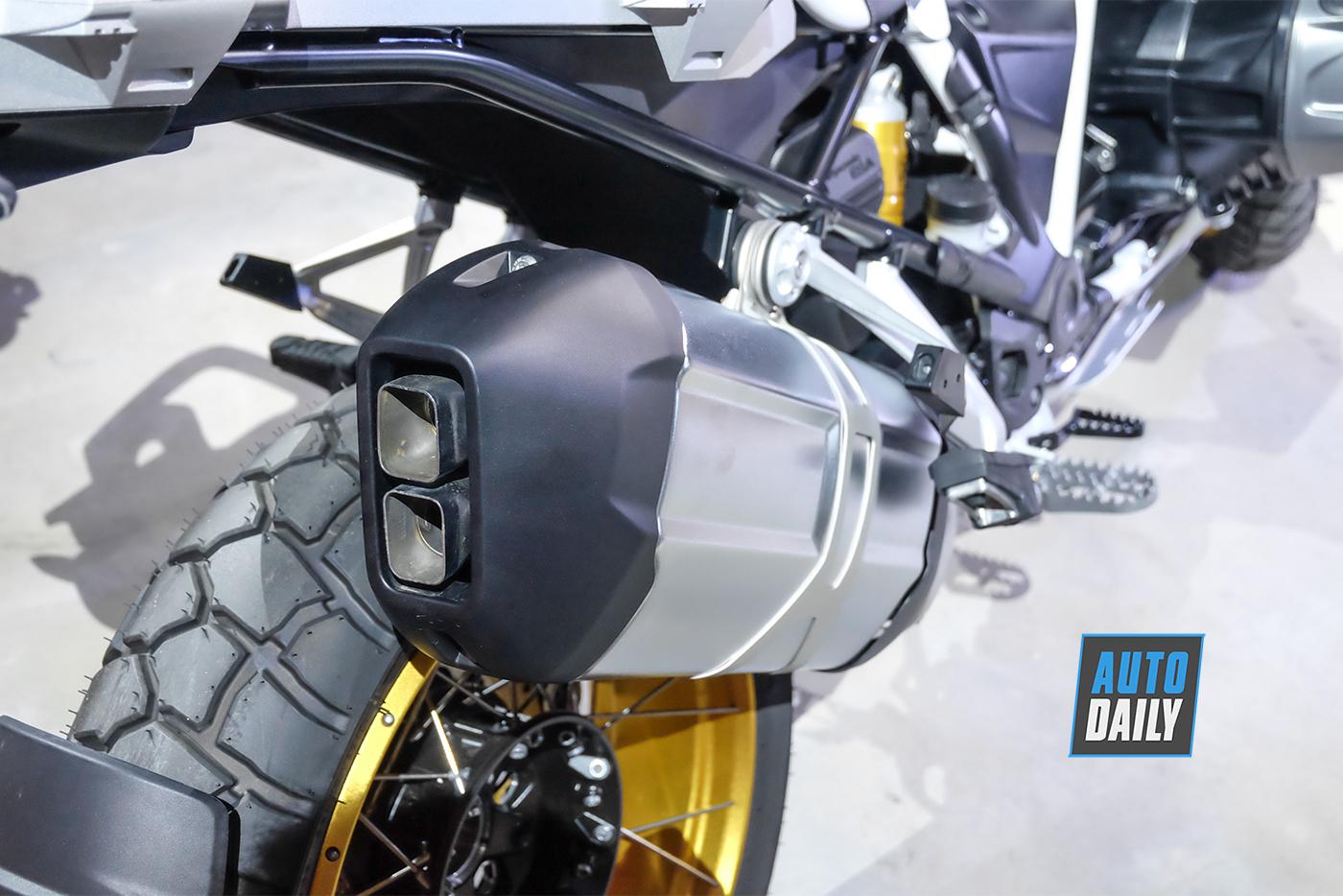 bmw-motorrad-r-1250-gs-2019-14.jpg