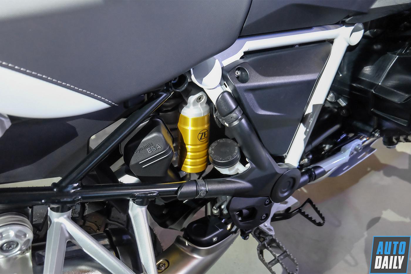 bmw-motorrad-r-1250-gs-2019-20.jpg