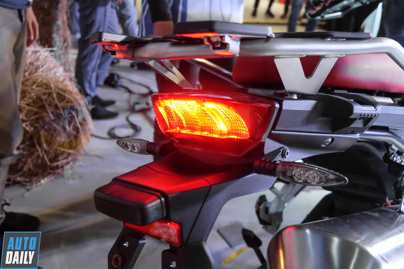 bmw-motorrad-f-850-gs-2019-45.jpg