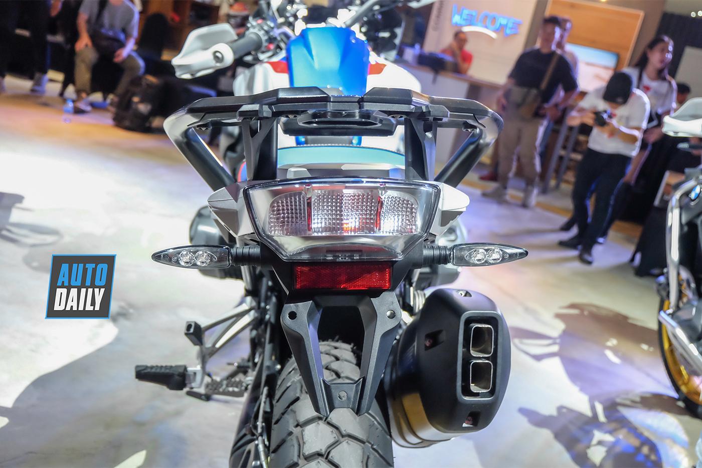 bmw-motorrad-r-1250-gs-2019-16.jpg