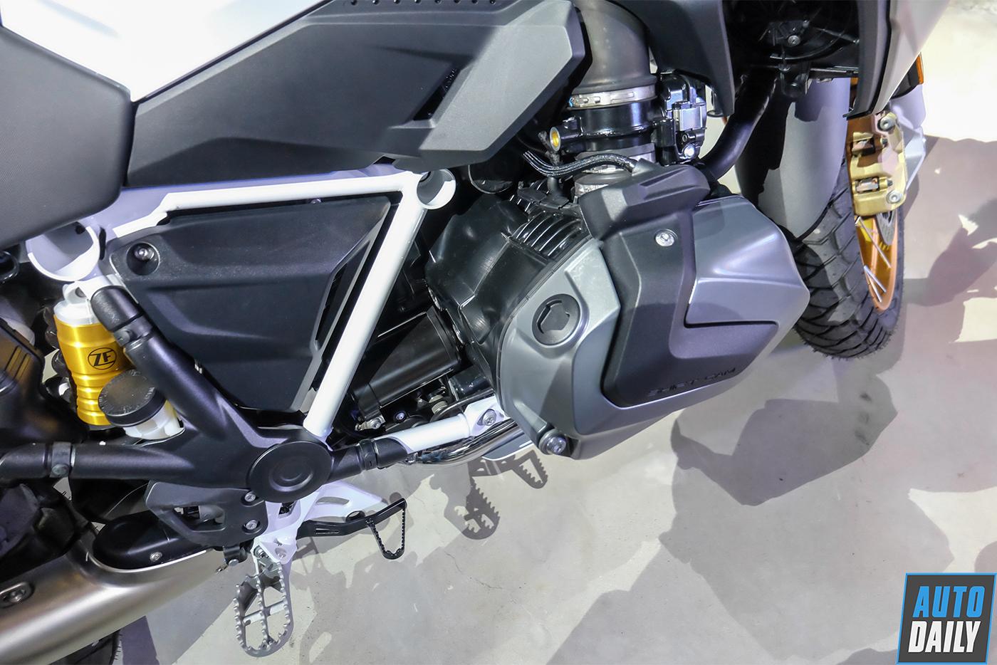 bmw-motorrad-r-1250-gs-2019-21.jpg