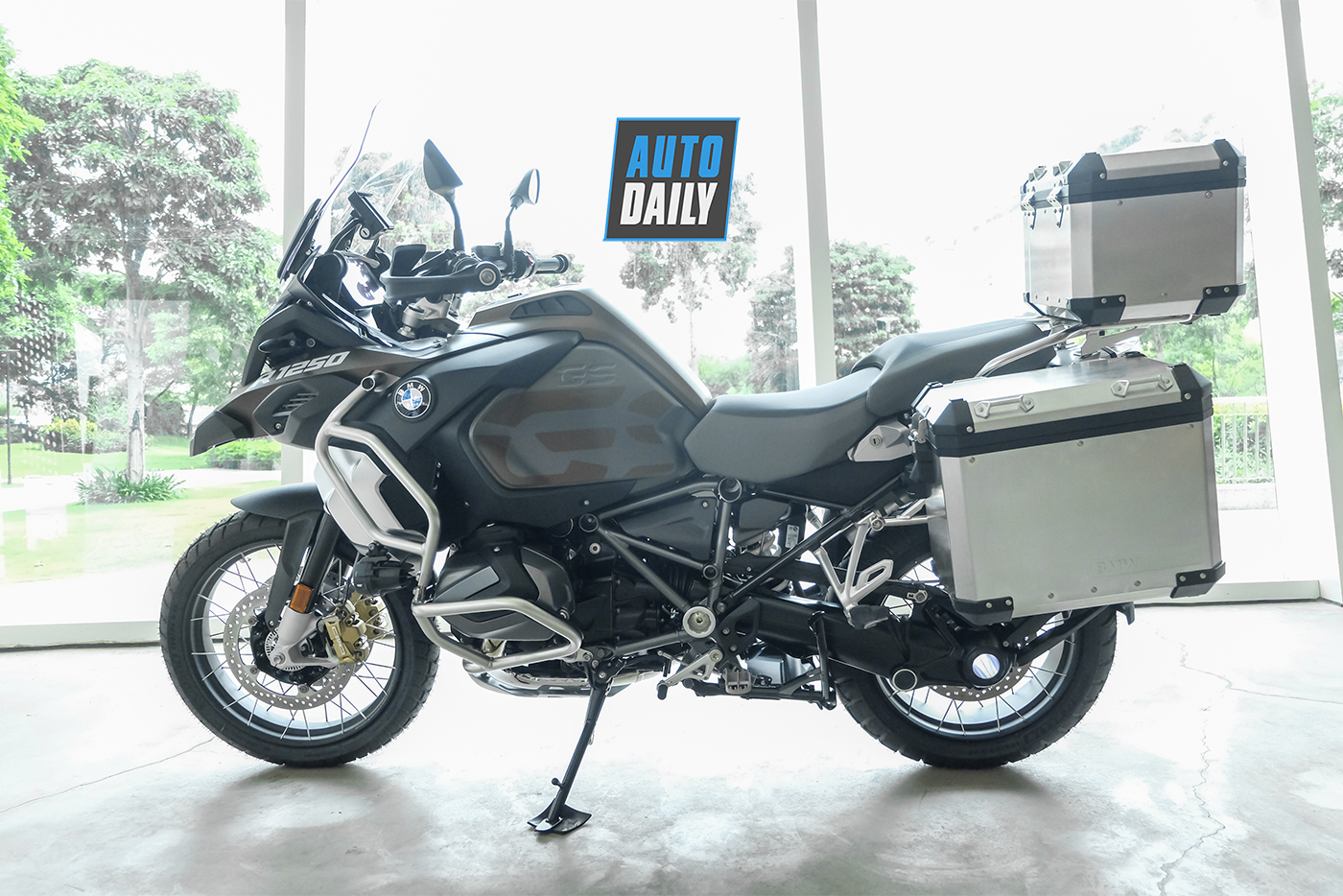 bmw-r1250-gsa-exclusive-2019-17.jpg