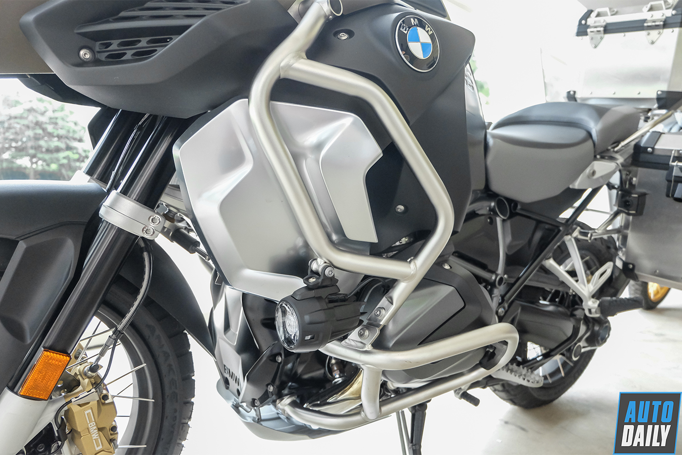 bmw-r1250-gsa-exclusive-2019-20.jpg