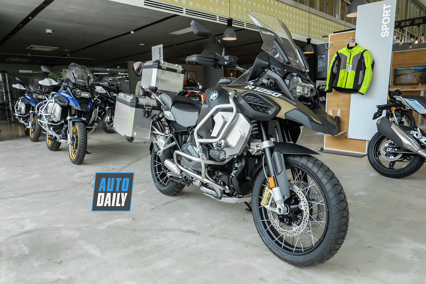 bmw-r1250-gsa-exclusive-2019-8.jpg