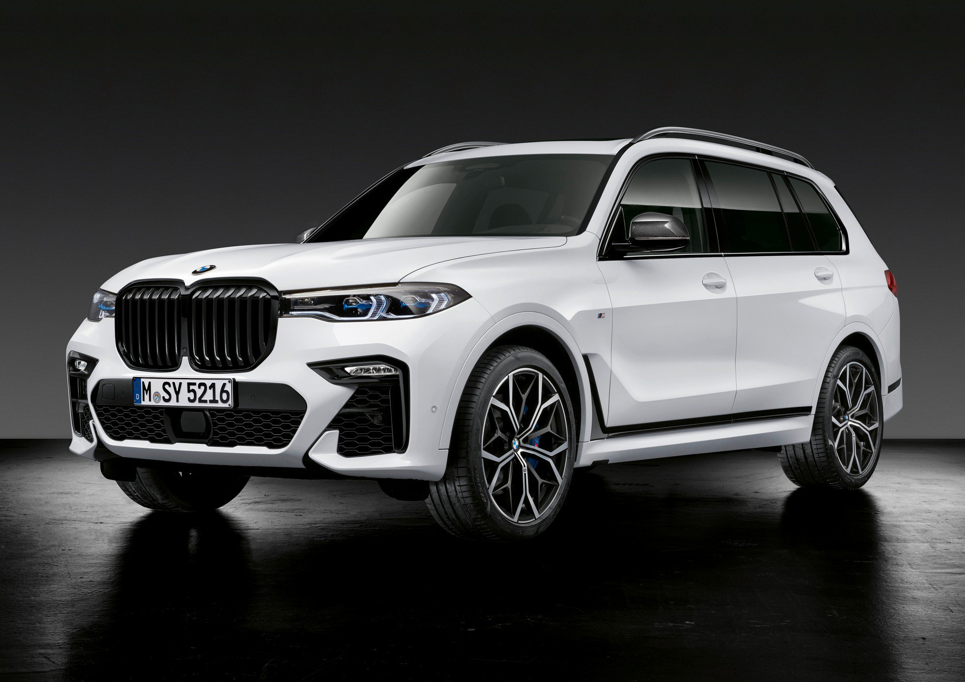 bmw-m-performance-parts-for-x5-x6-m-1.jpg