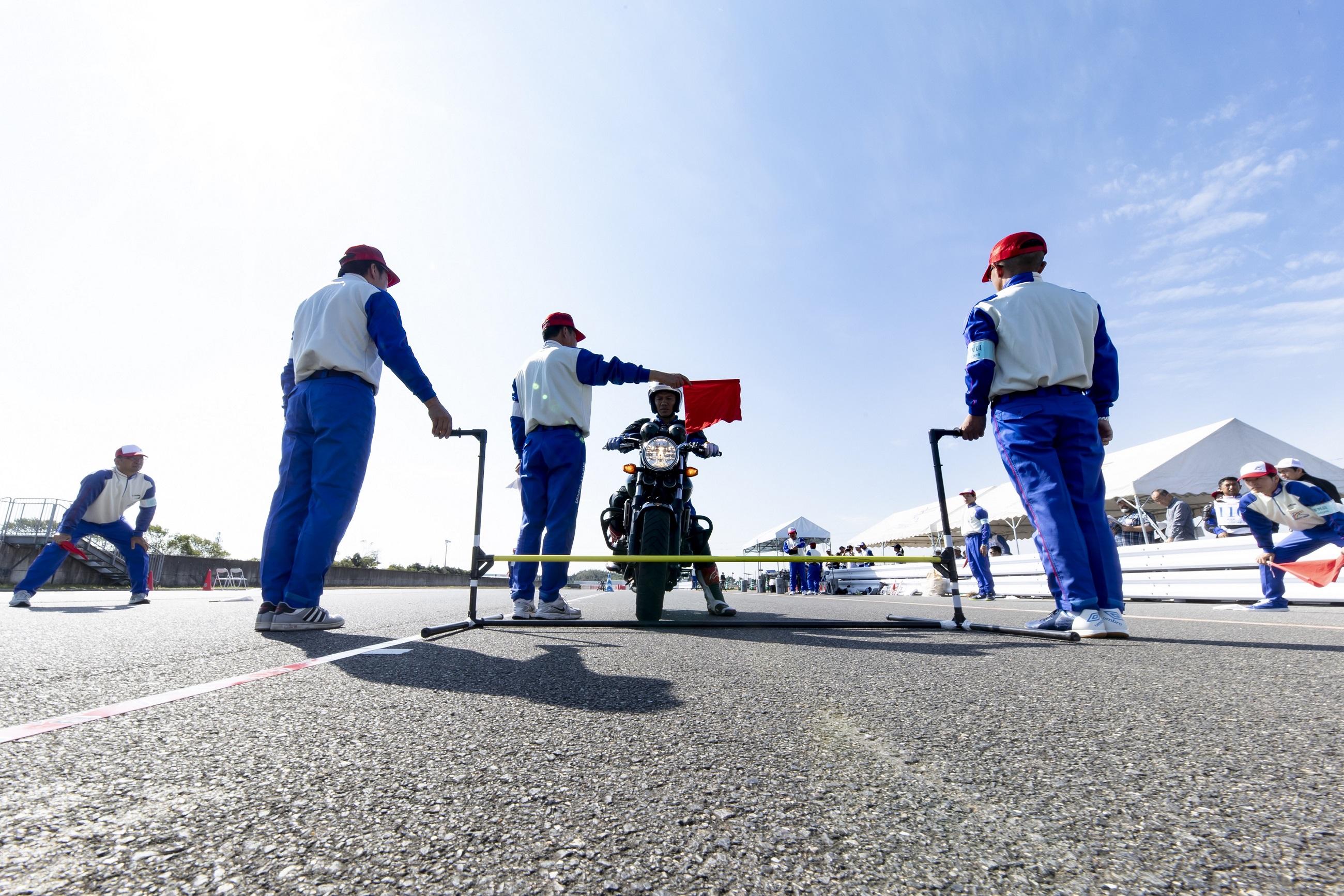 Honda Việt Nam giành giải nhất Cuộc thi Hướng dẫn viên Lái xe an toàn Quốc tế 2019