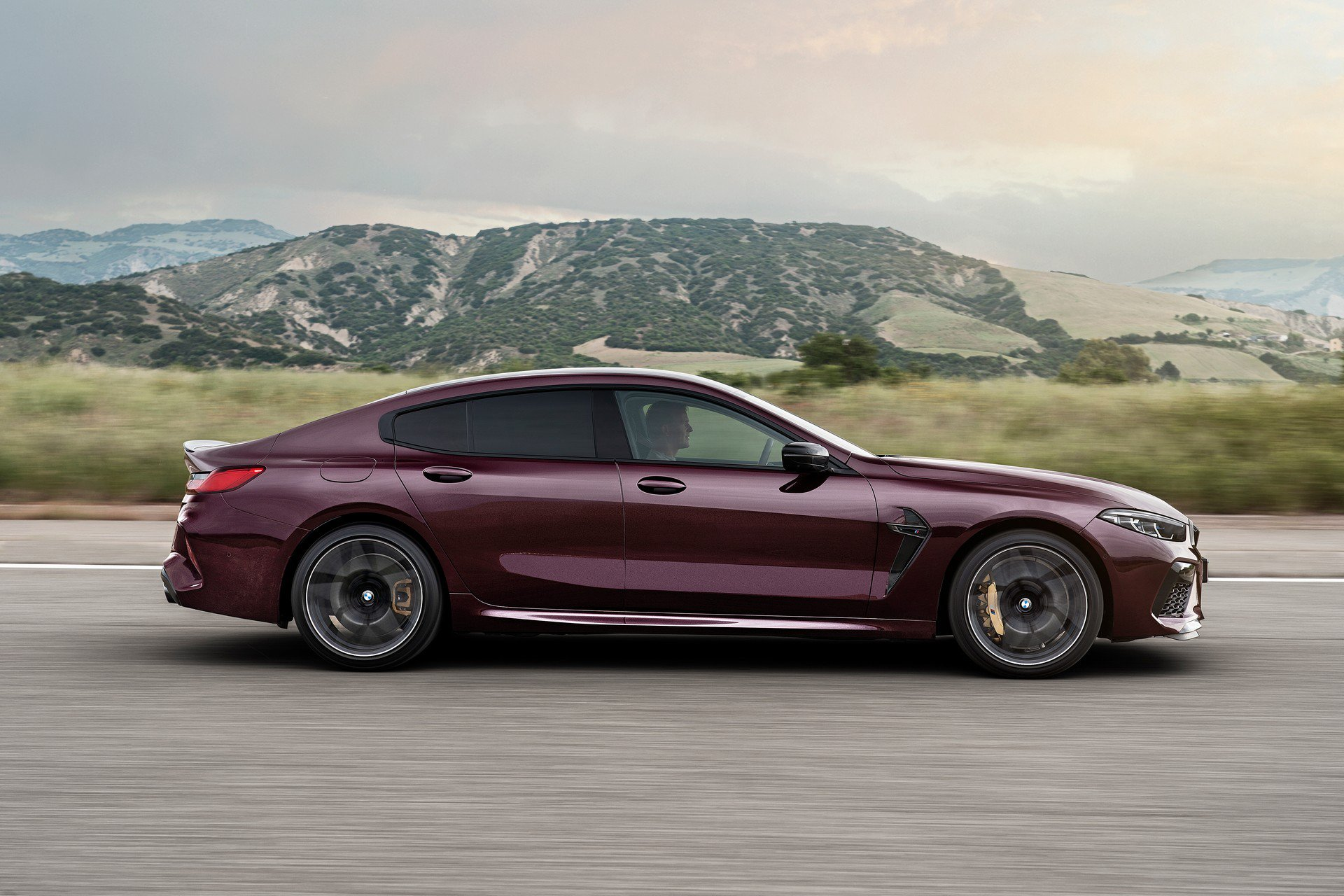 2020-bmw-m8-gran-coupe-4.jpg