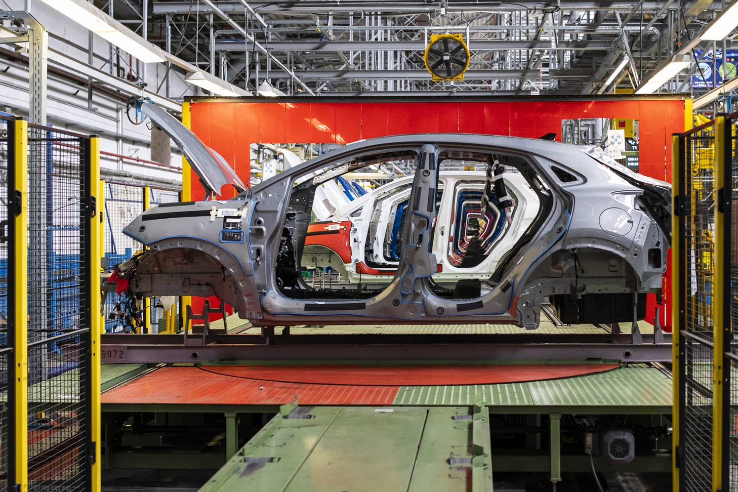 2020-ford-puma-production-2.jpg