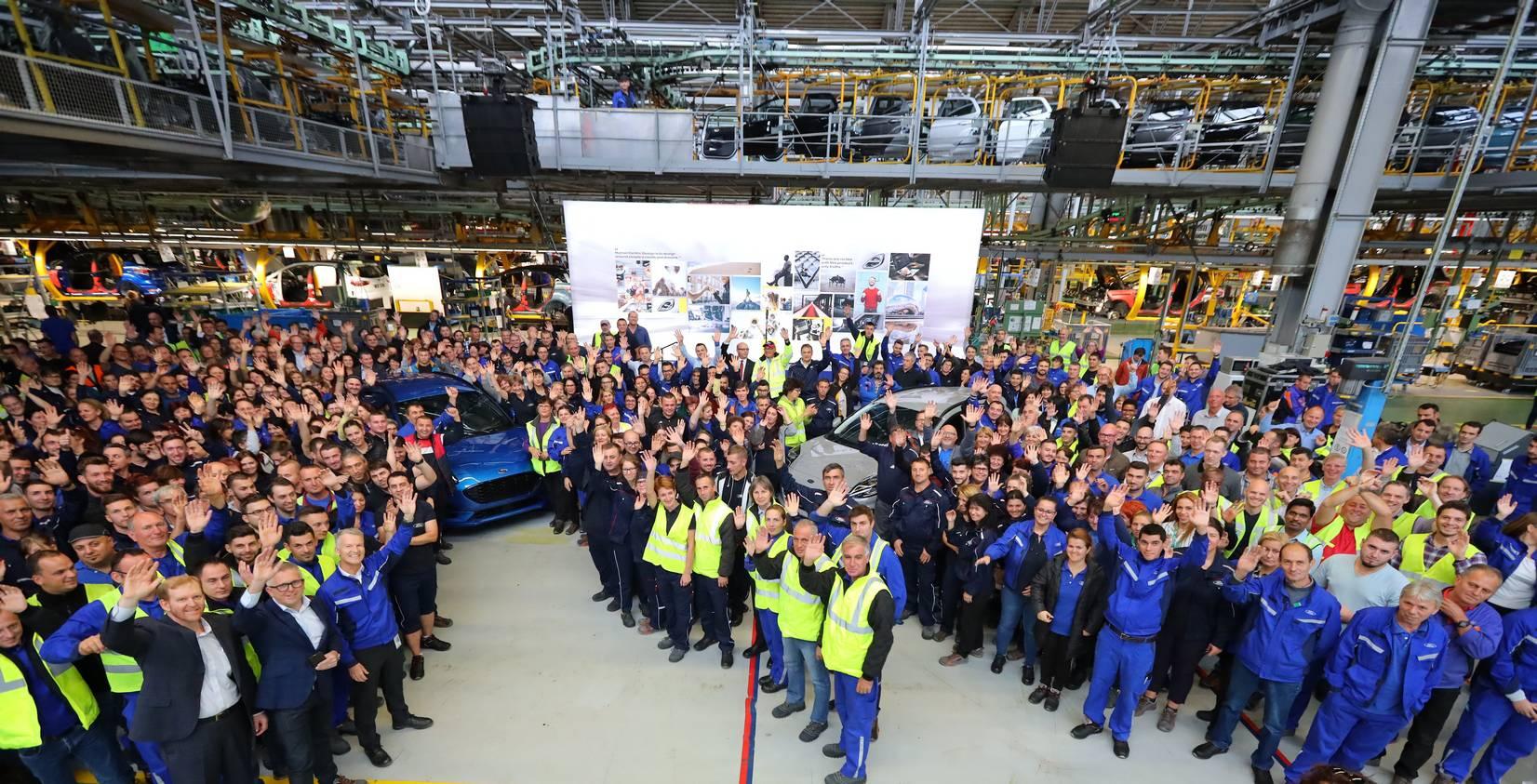 2020-ford-puma-production-5.jpg