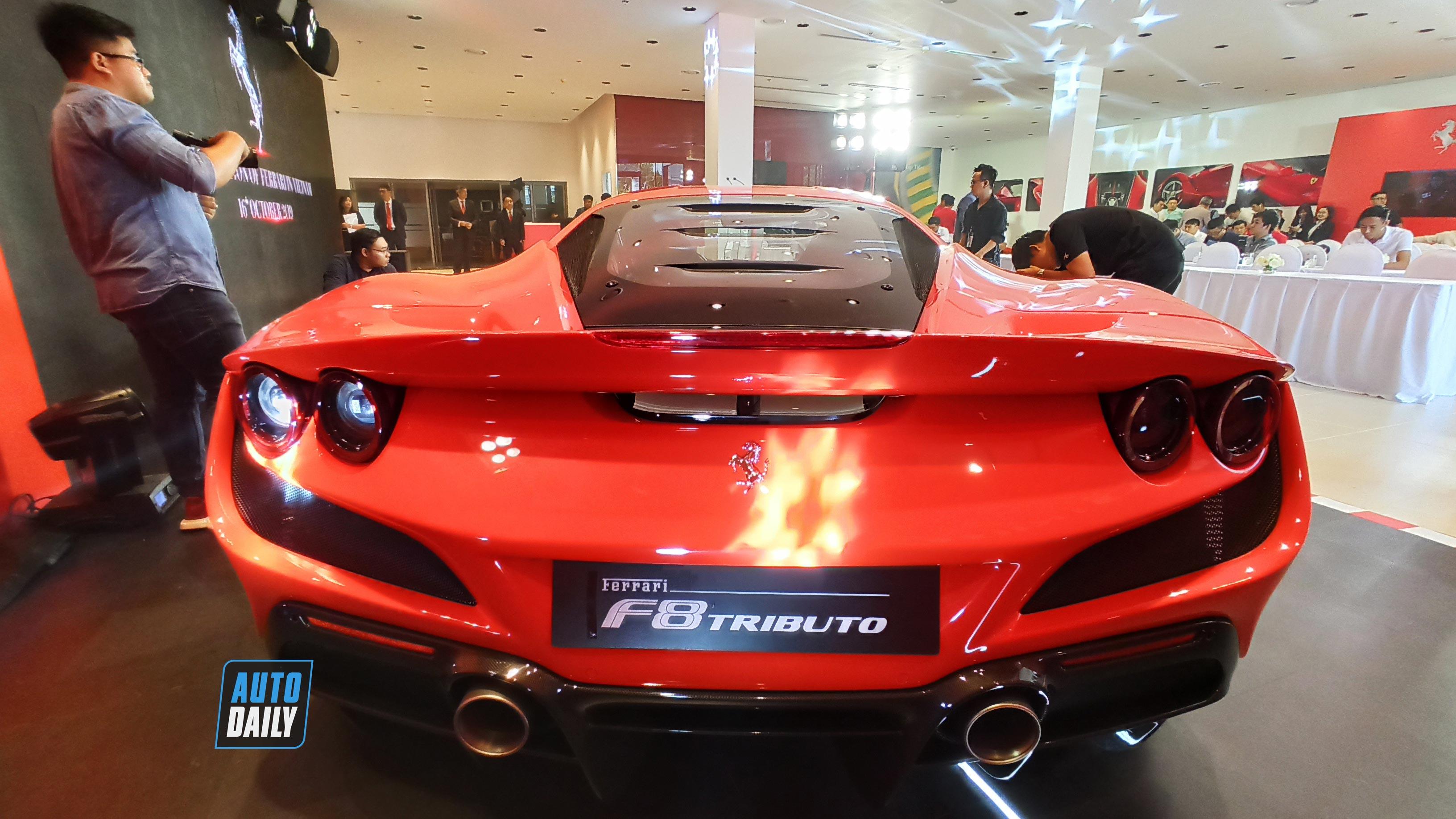 ferrari-f8-triturbo-02.jpg