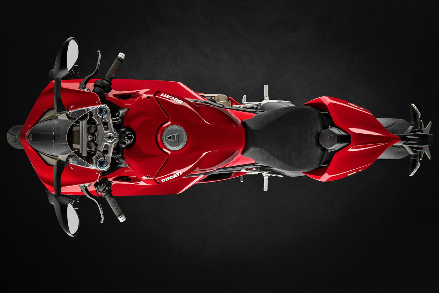 2020-ducati-panigale-v4-first-look-fast-facts-15.jpg