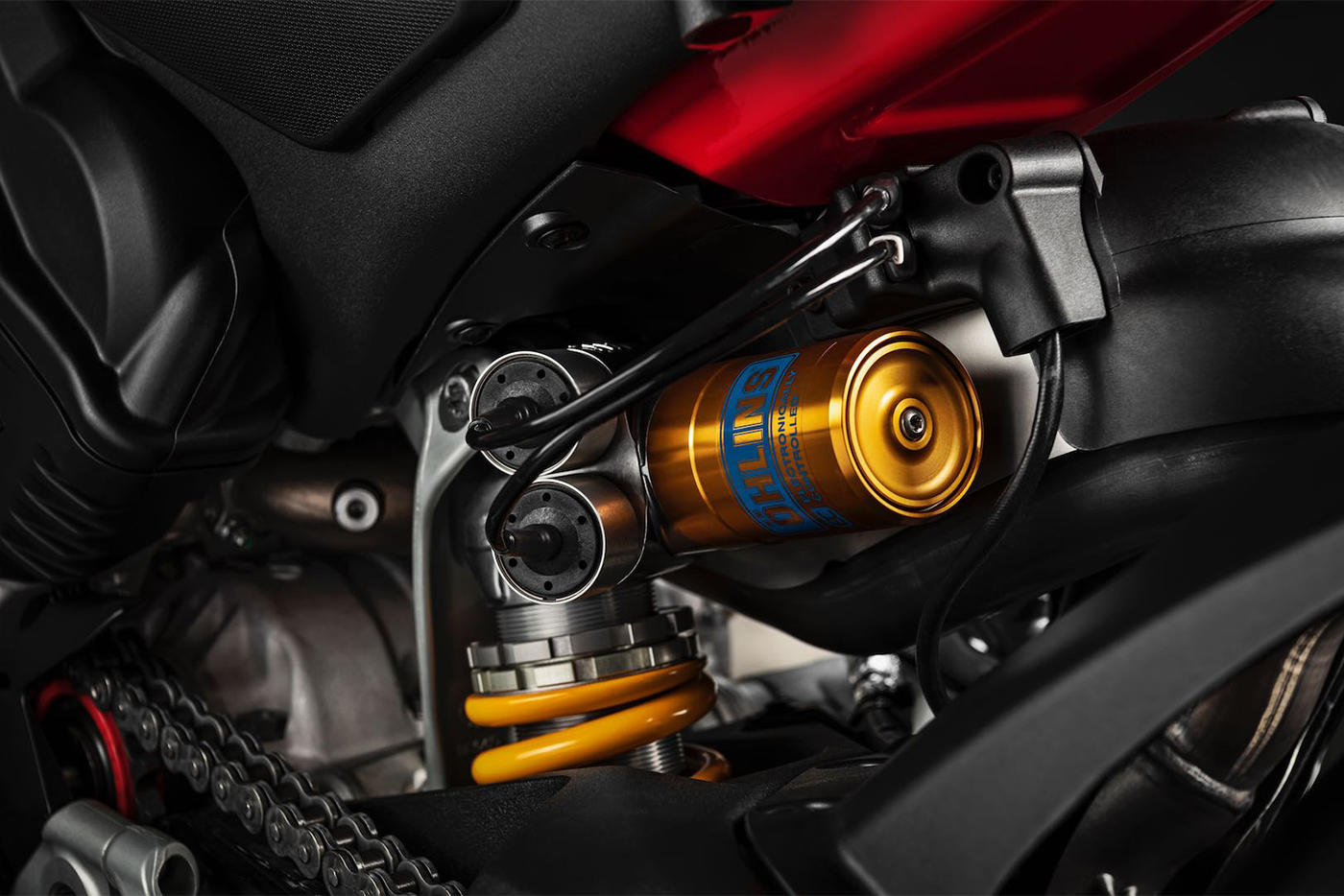 2020-ducati-panigale-v4-first-look-fast-facts-4.jpg