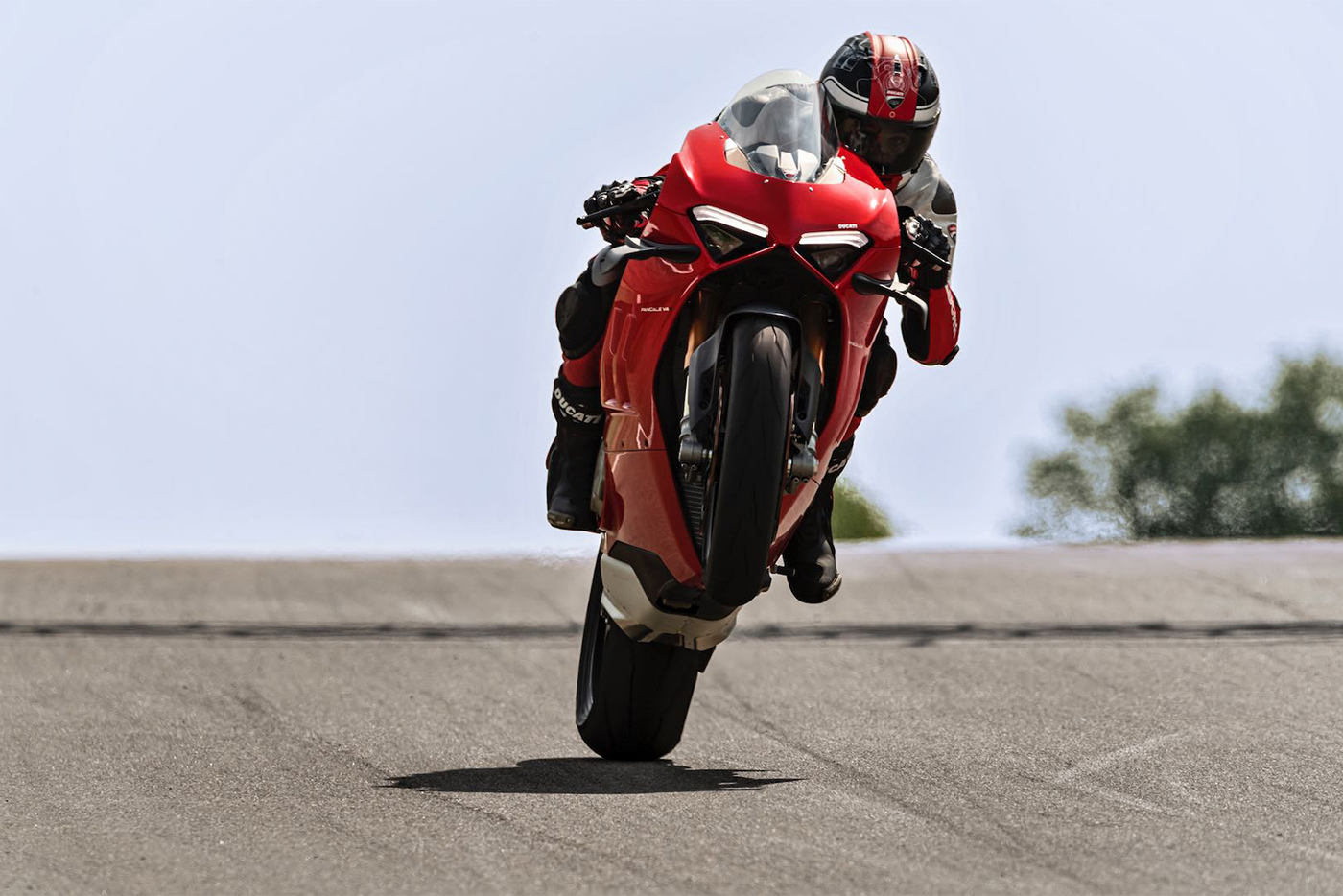2020-ducati-panigale-v4-first-look-fast-facts-7.jpg