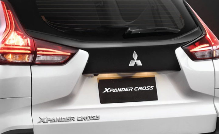 2020-mitsubishi-xpander-cross-06-1573552617.jpg