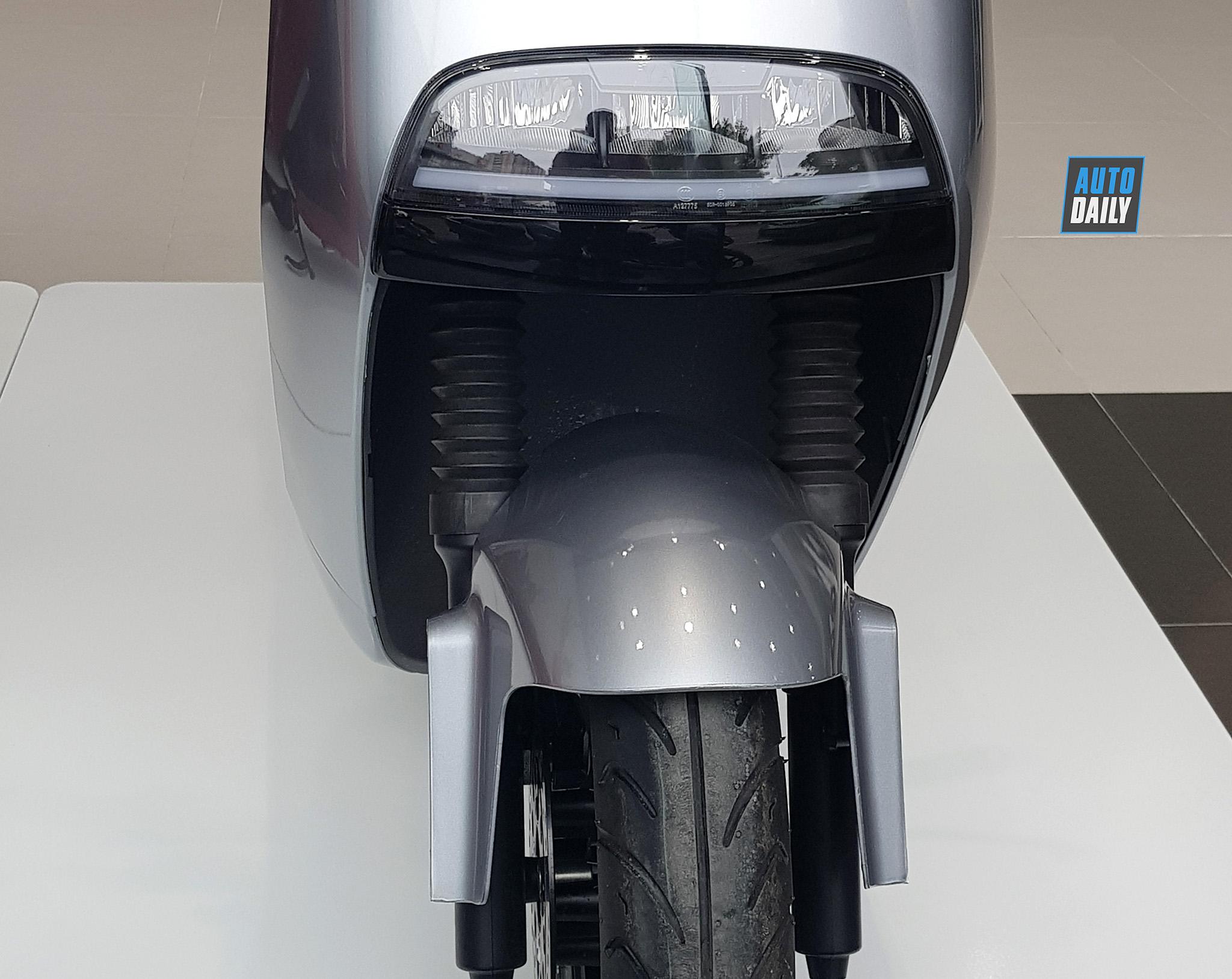 xe8.jpg