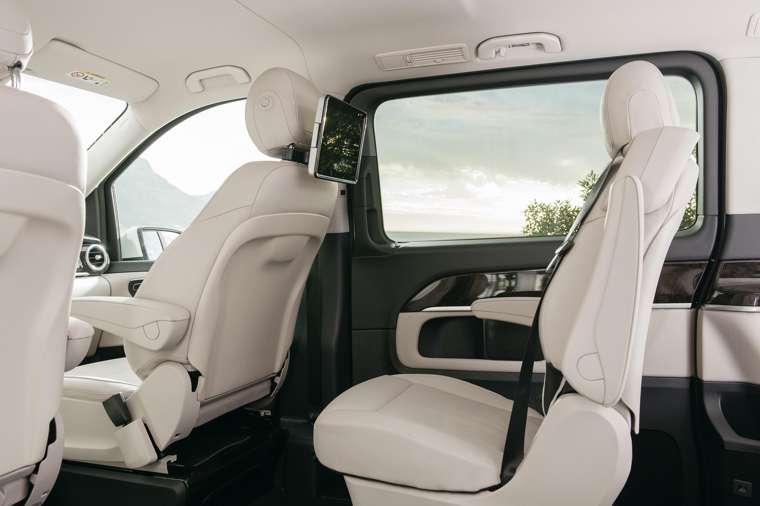 v-250-luxury-3.jpg