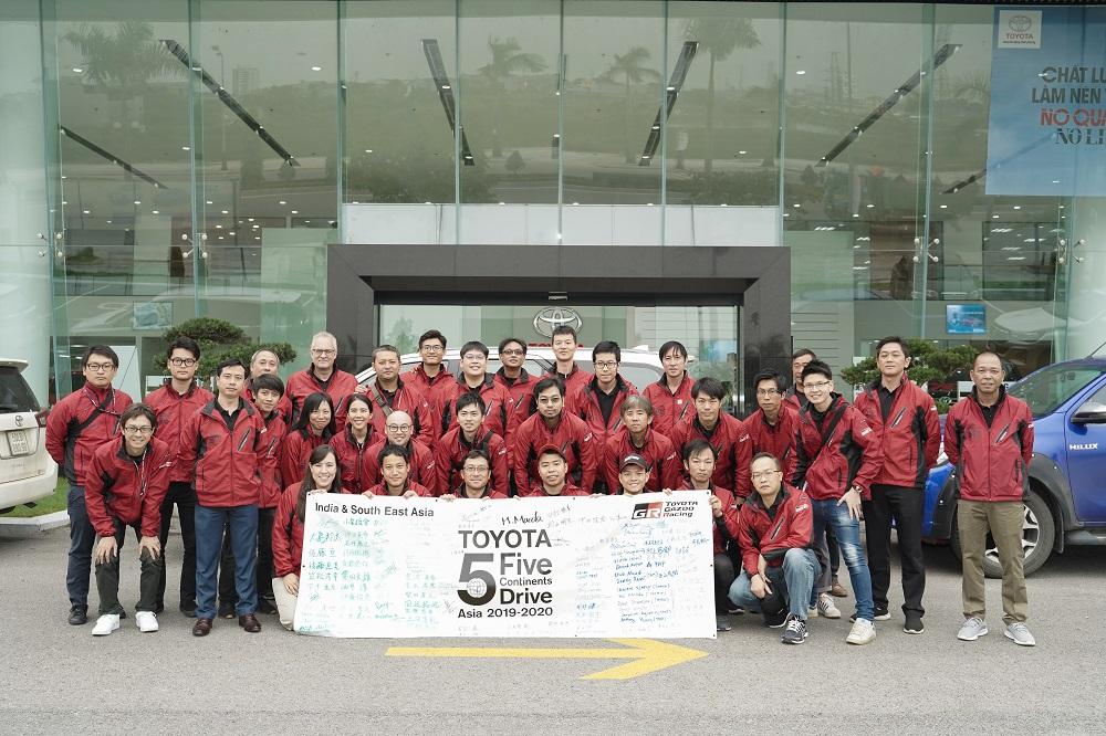doi-du-an-5c-5c-team.jpg