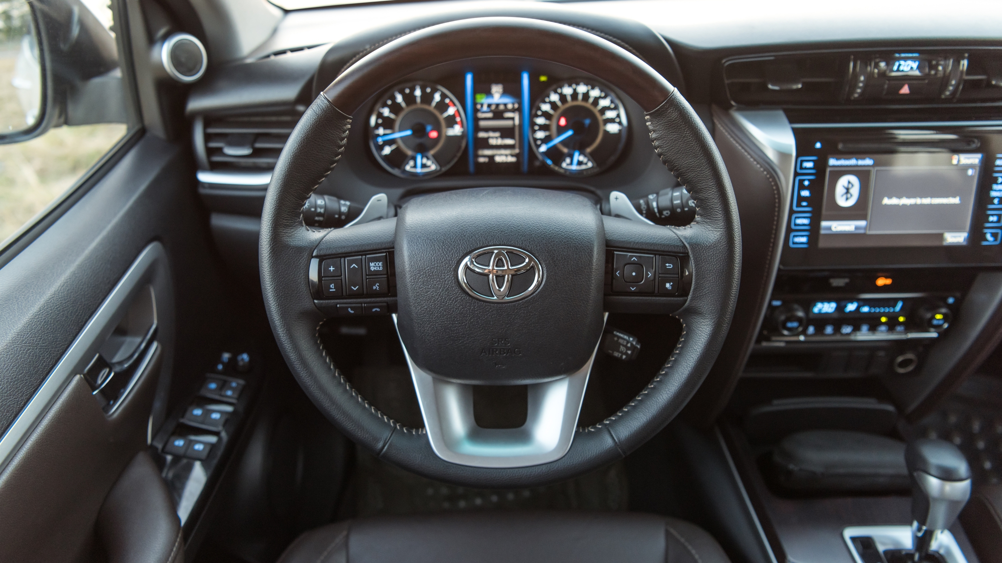 toyota-fortuner-trd-interior-autodaily-09.jpg