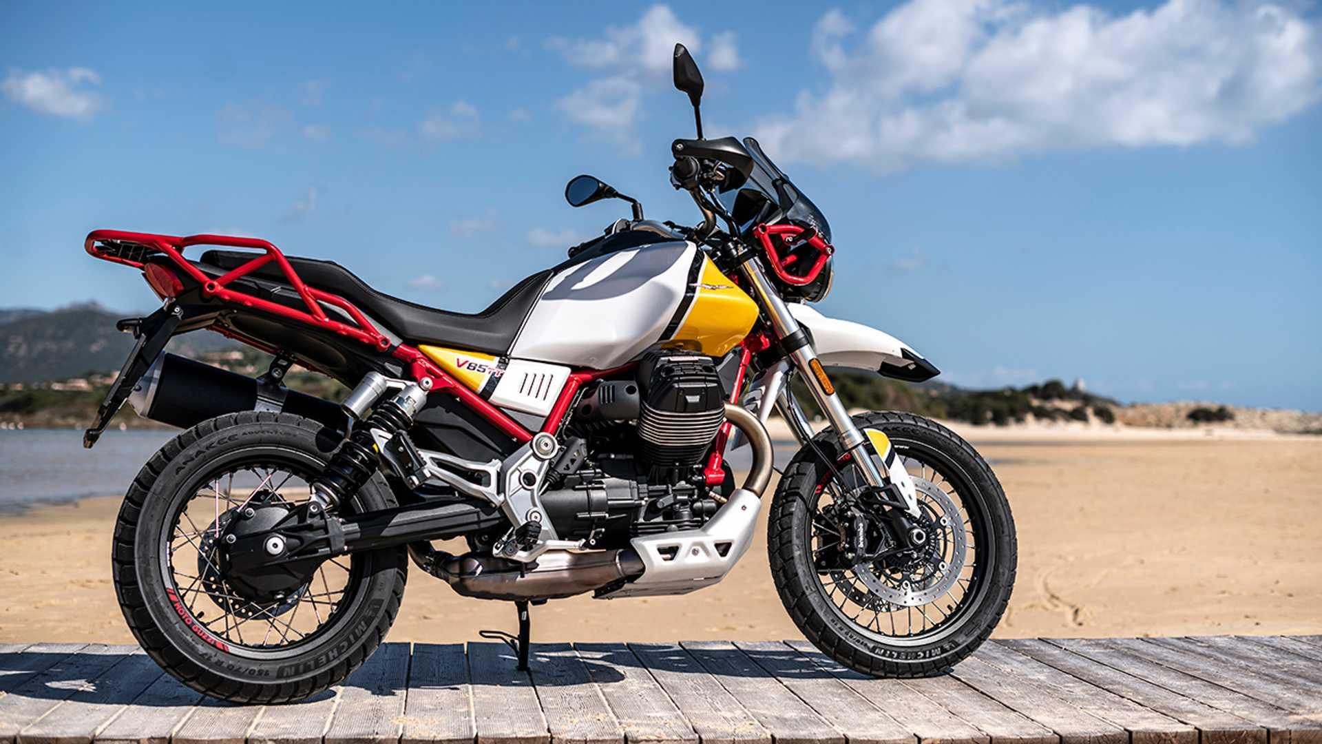 first-ride-2020-moto-guzzi-v85-tt.jpg