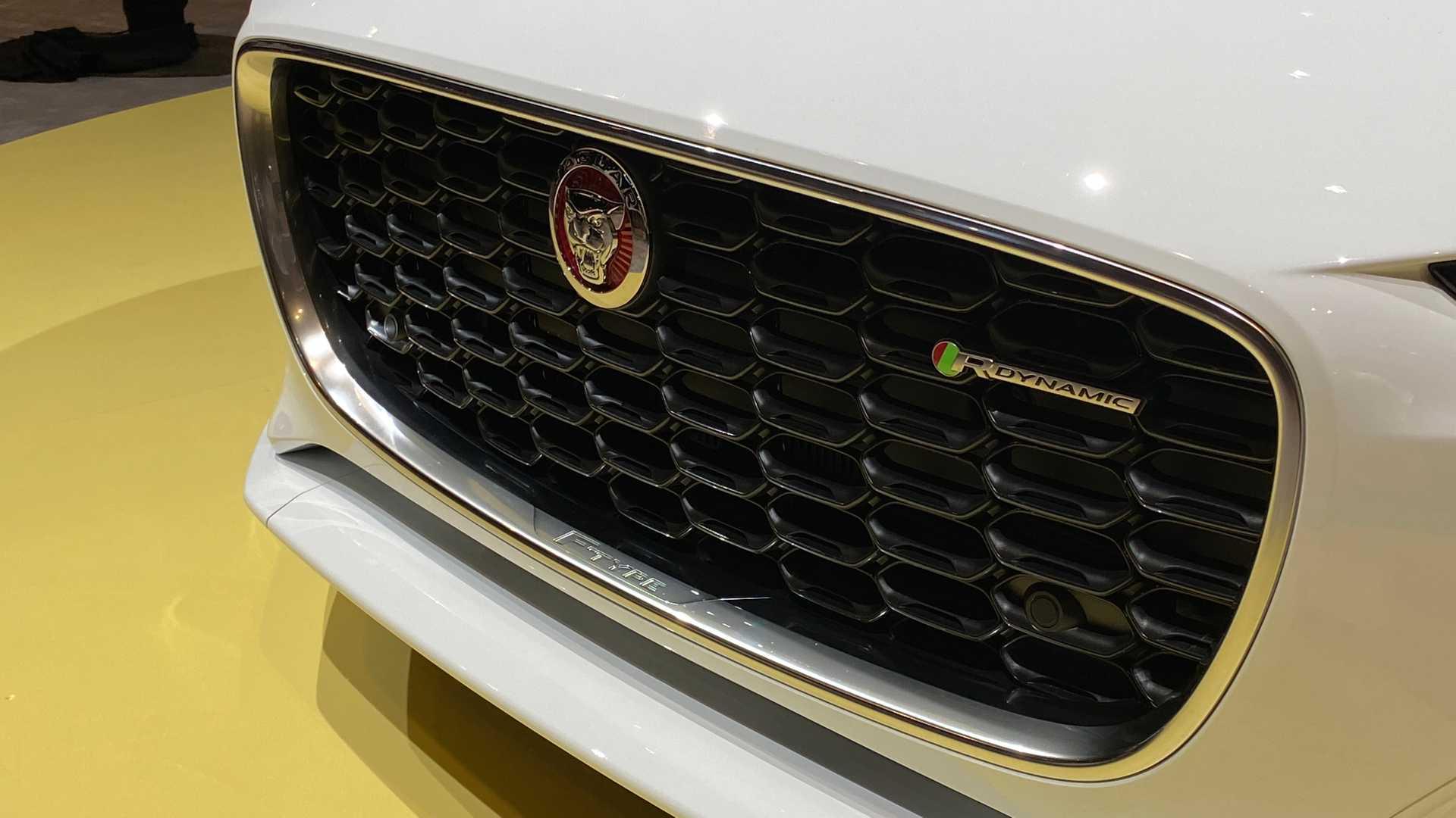 2021-jaguar-f-type-5.jpg