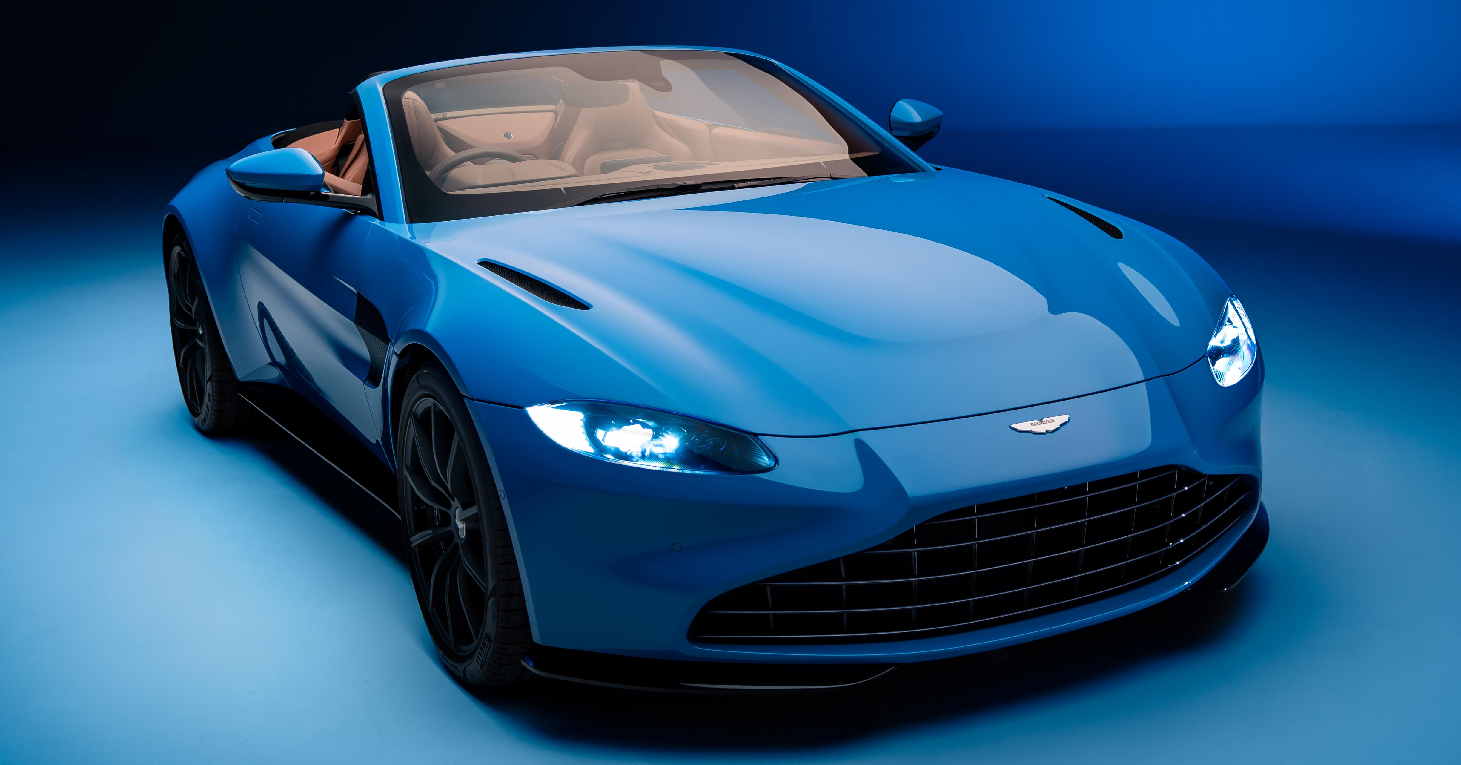 2020-aston-martin-vantage-roadster-2.jpg