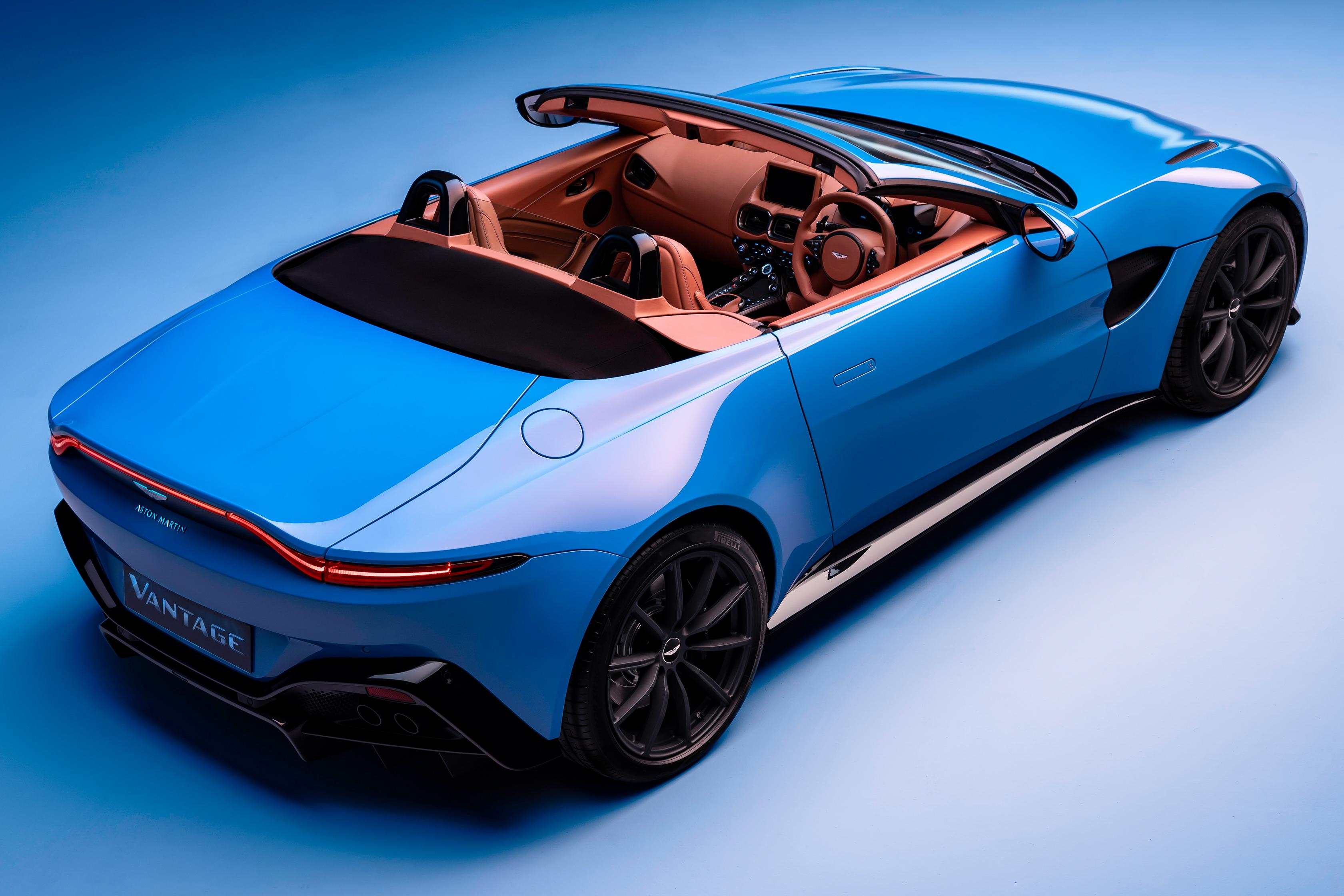 2020-aston-martin-vantage-roadster-7.jpg