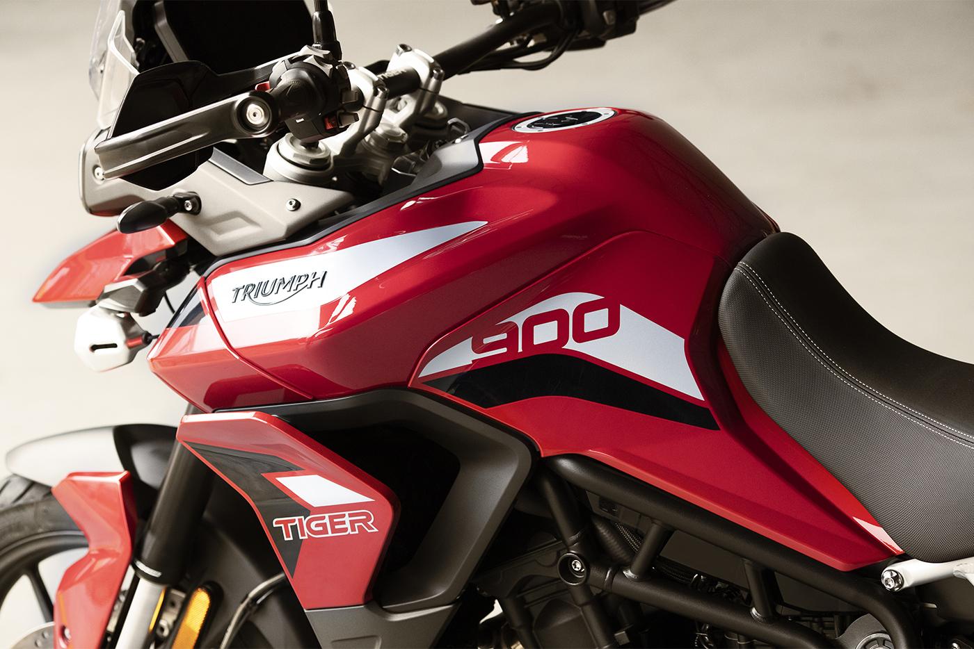 2020-triumph-tiger-900-10.jpg