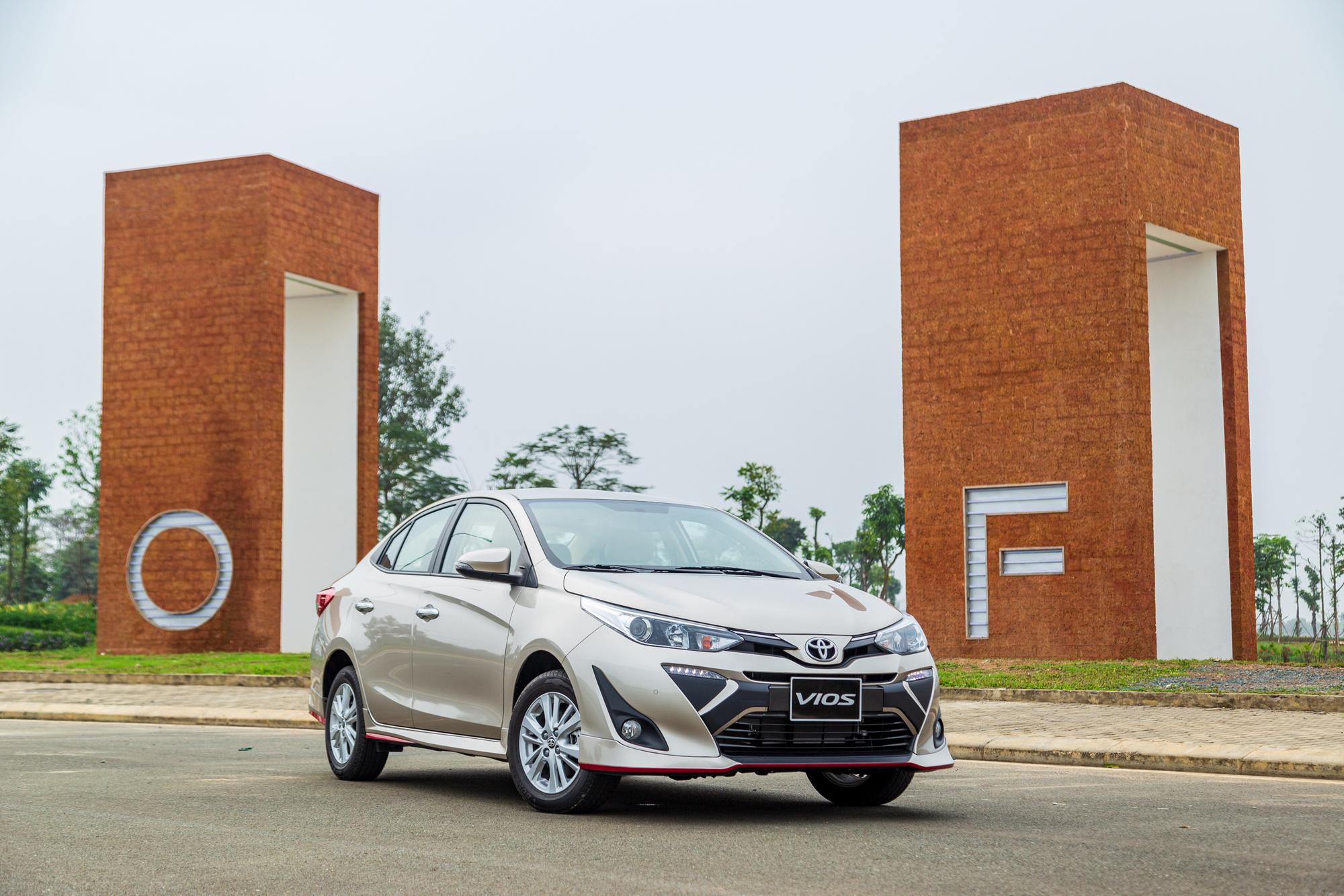 Bất chấp dịch Covid-19, doanh số bán ô tô tháng 2 tăng 11%