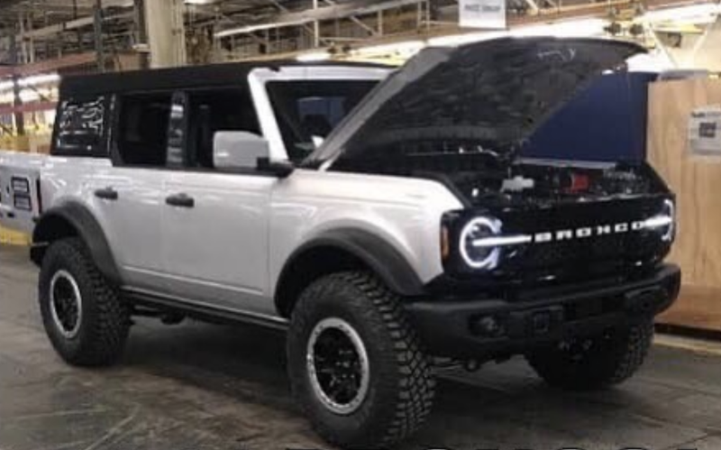 2021-ford-bronco-2.png