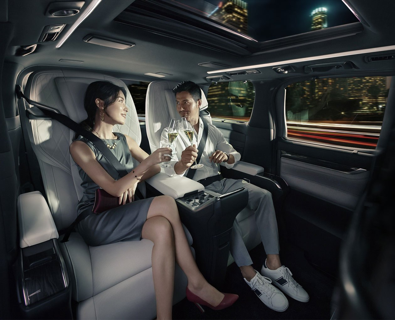 30-lexus-lm-2020-thailand.jpg