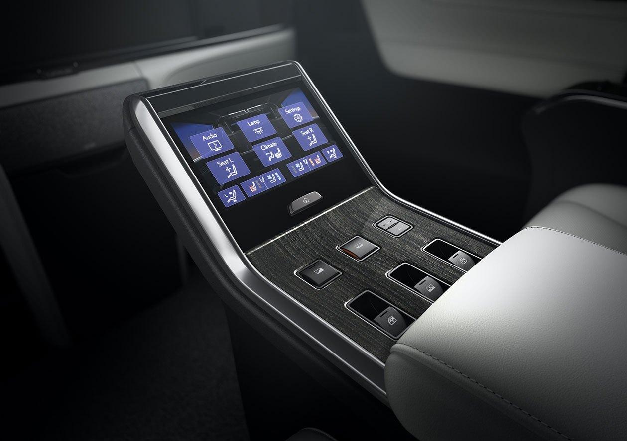 50-lexus-lm-2020-thailand.jpg