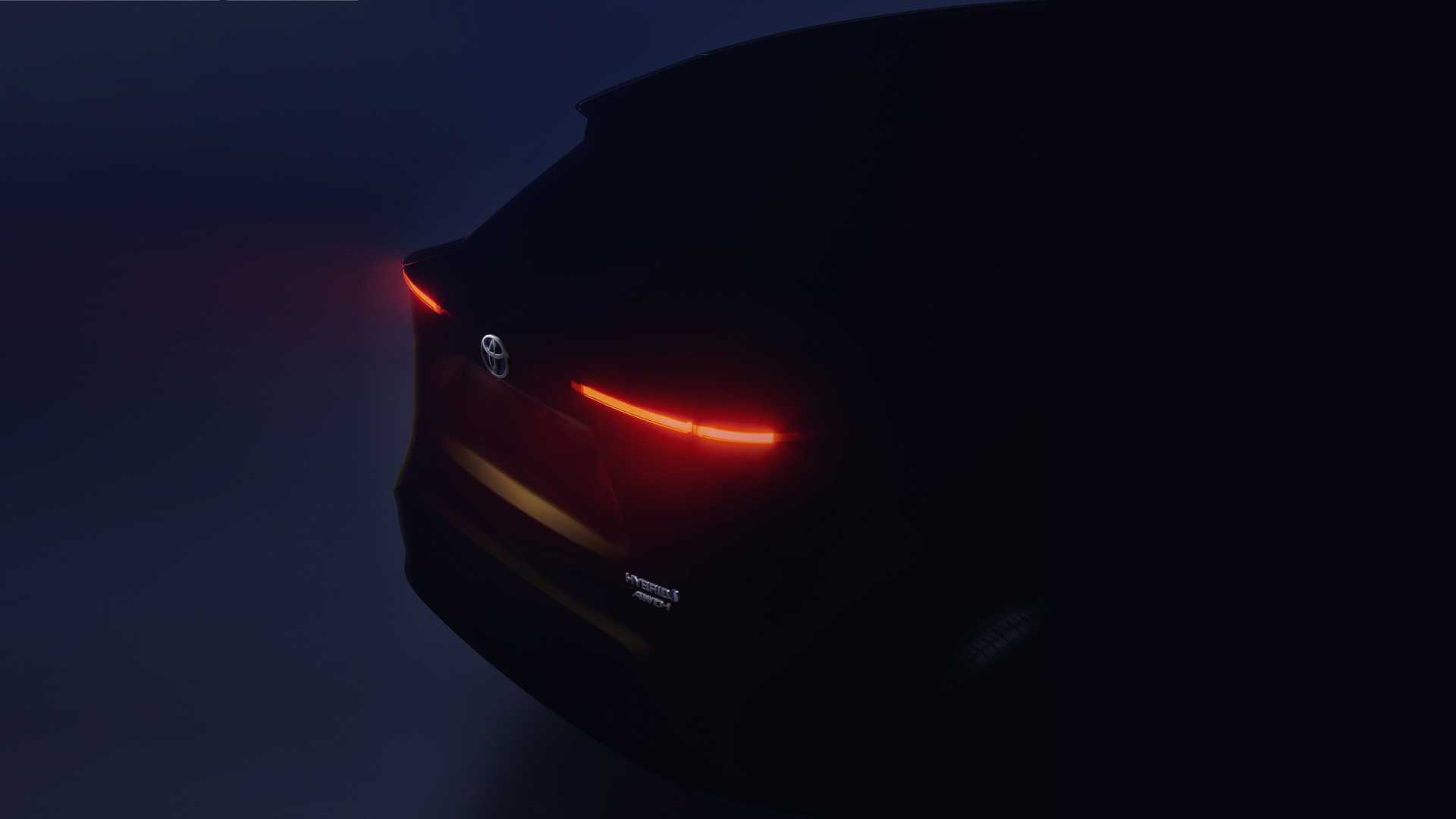 toyota-subcompact-crossover-teaser.jpg