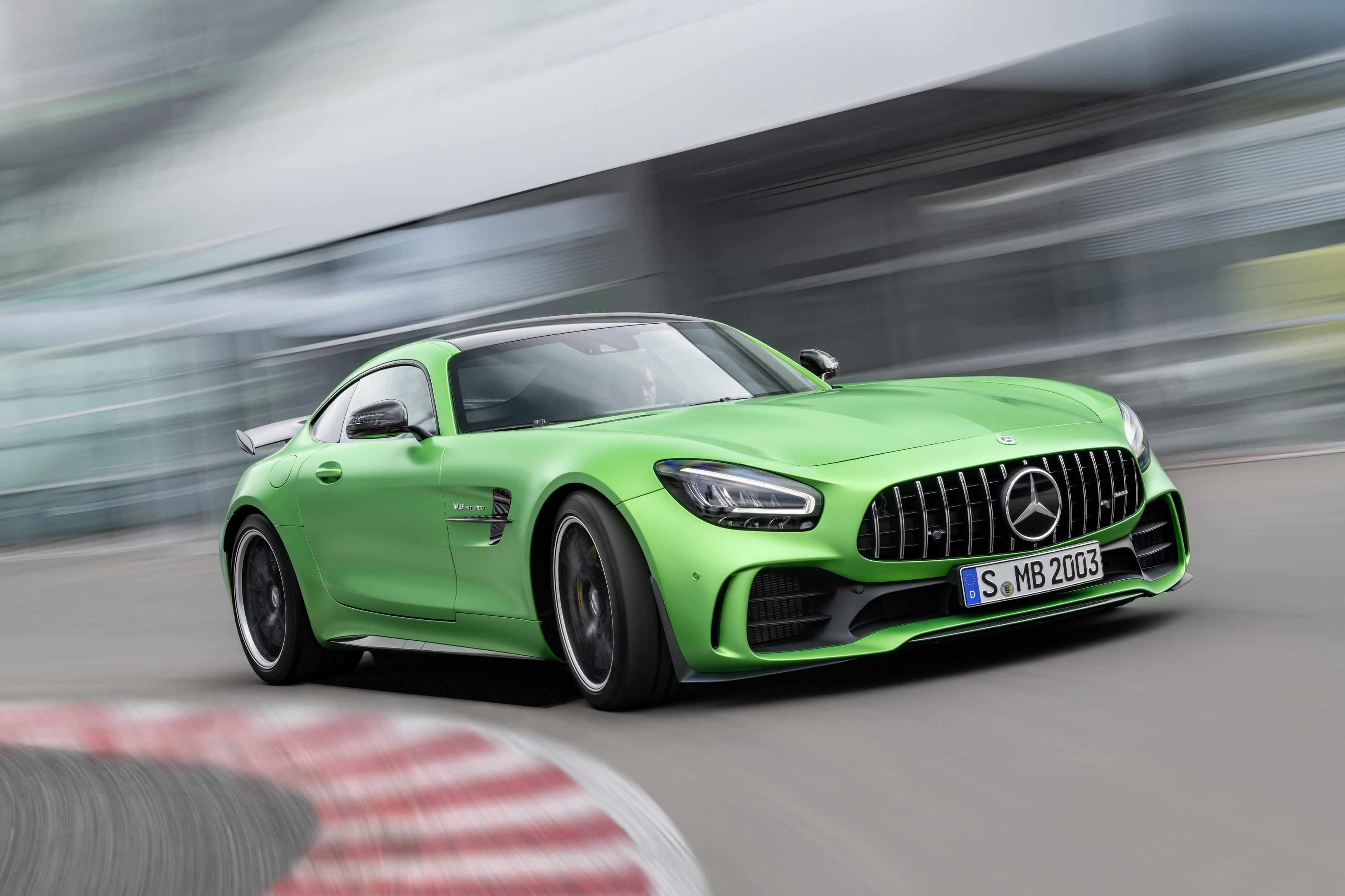 amg-gt-r-coupe.jpg