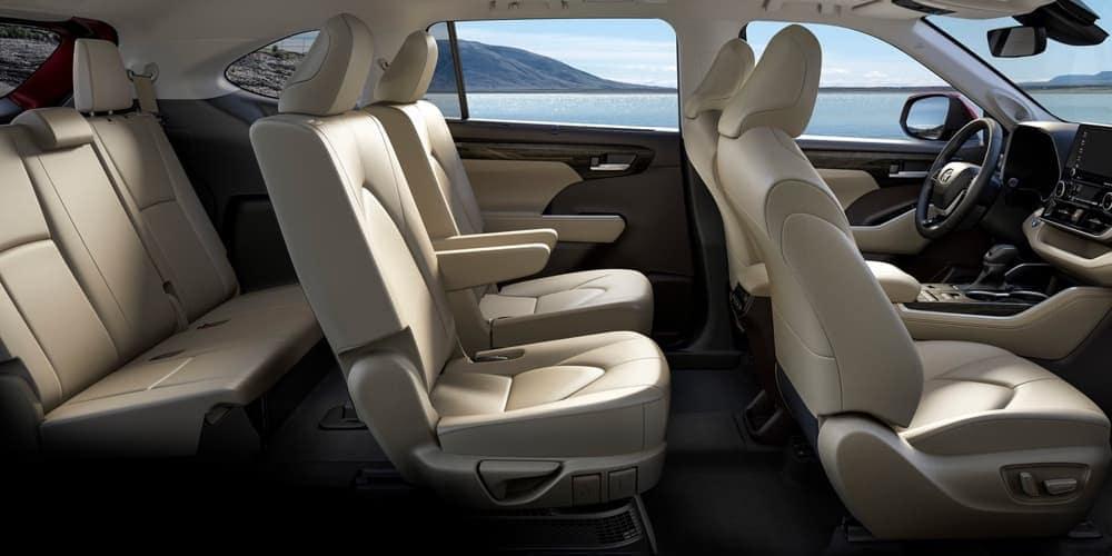 2020-toyota-highlander-interior.jpg