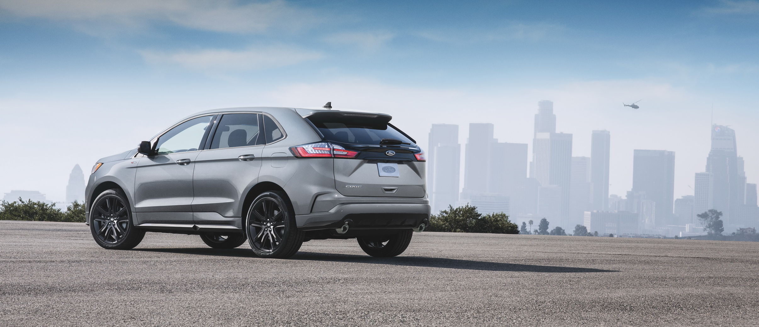 2020-ford-edge-st-line-2.jpg