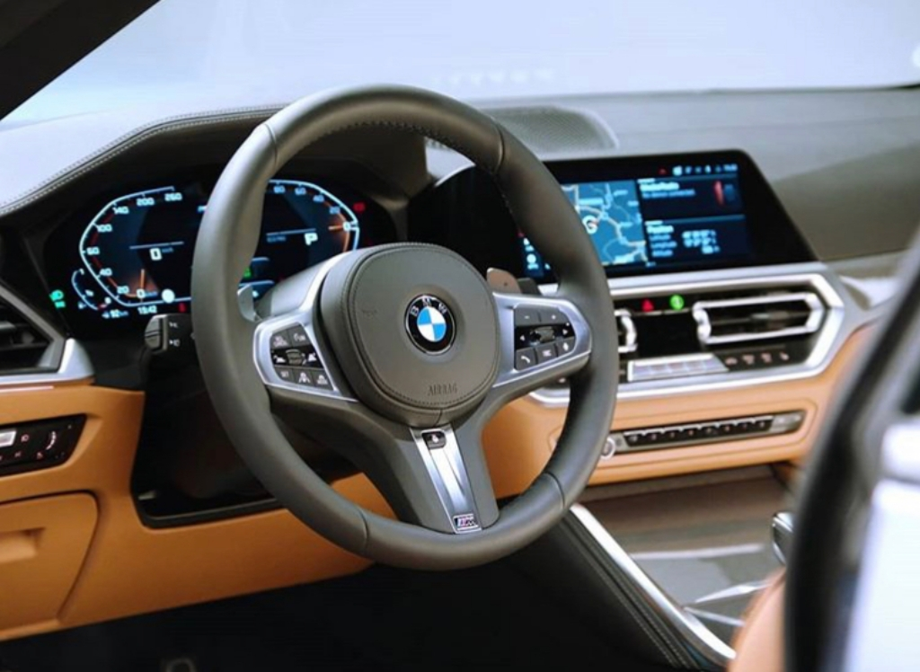 2021-bmw-4-series-coupe-interior-4.jpg