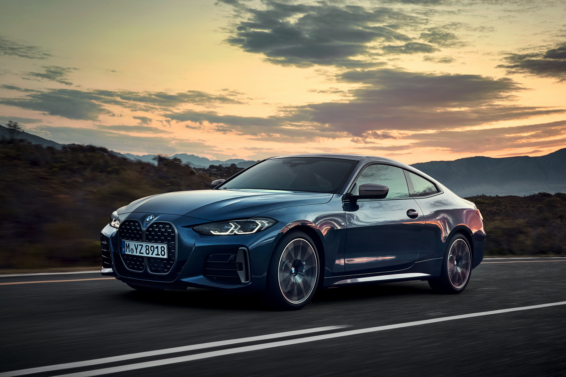 2021-bmw-4-series-coupe-20.jpg