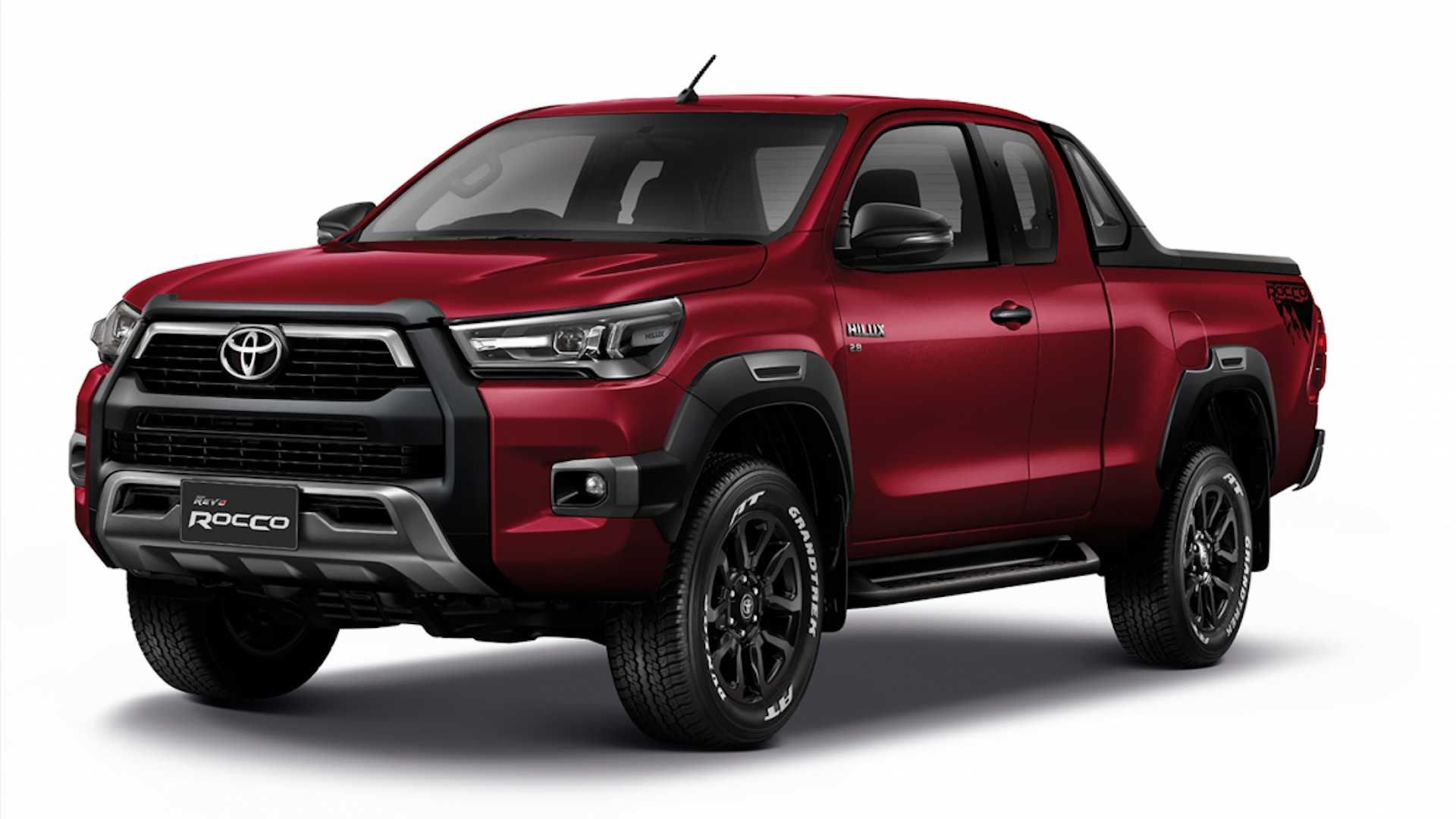 2021-toyota-hilux-launched-in-thailand-1.jpg