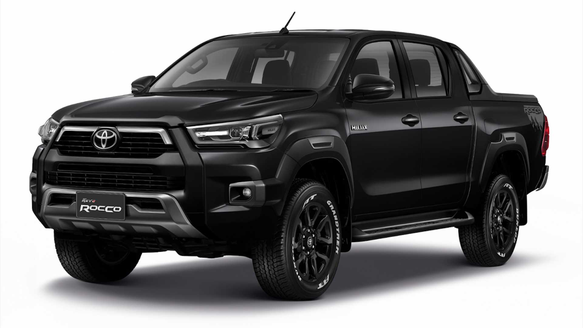 2021-toyota-hilux-launched-in-thailand.jpg