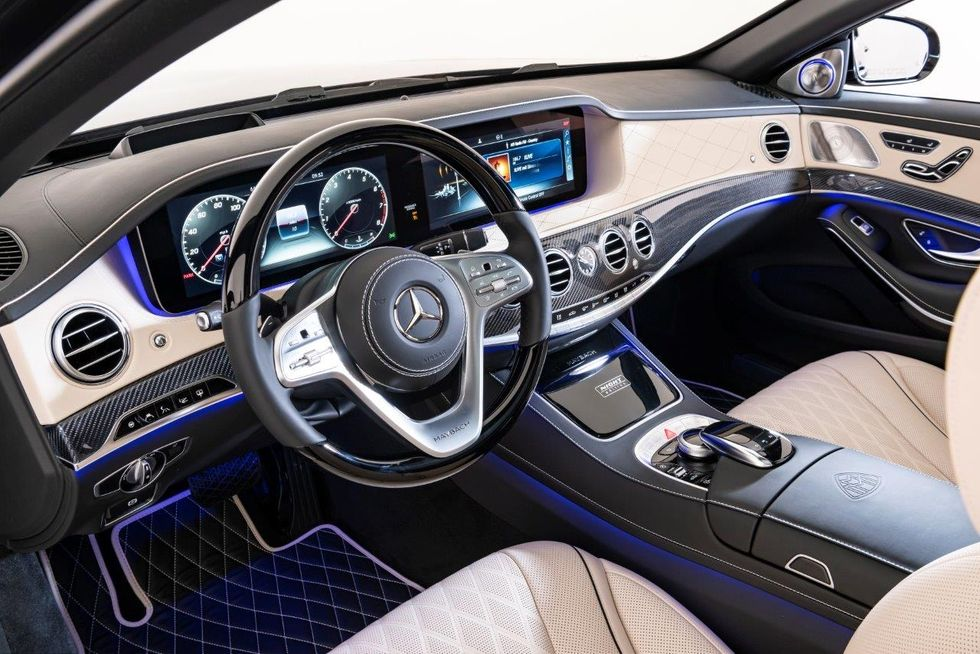 2020-mercedes-maybach-s-650-night-edition-8-jpg-1591642789.jpg