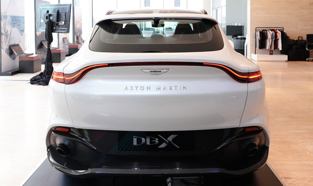 03-aston-martin-dbx-2021-launches-in-thailand-official.jpg